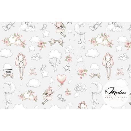 Tkanina w króliki, misie i chmurki na szarym tle - materiał bawełna