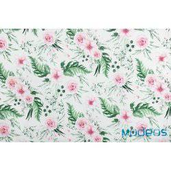 Kwiaty różowe róże, zielone liście in garden - tkanina bawełniana