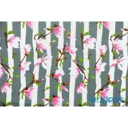 Magnolie, kwiaty na szarych pasach - tkanina bawełniana